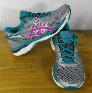 Asics Gel Cumulus 18 Womens Shoes